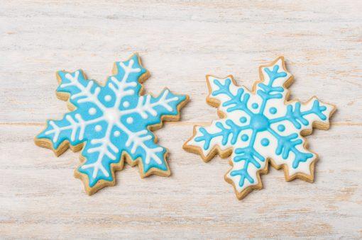 galleta decorada con forma de copo de nieve
