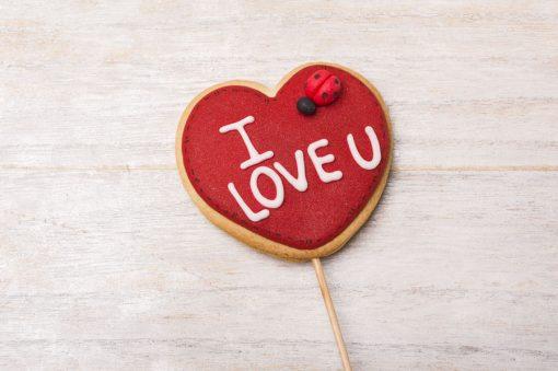 galleta decorada en forma de corazón